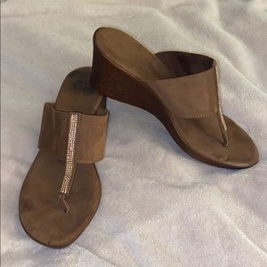 Thong style wedge sandals